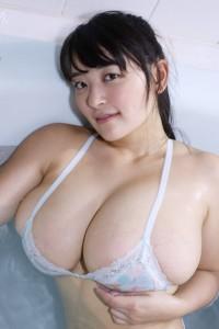 GRAVD-0003_yanase_saki800_06